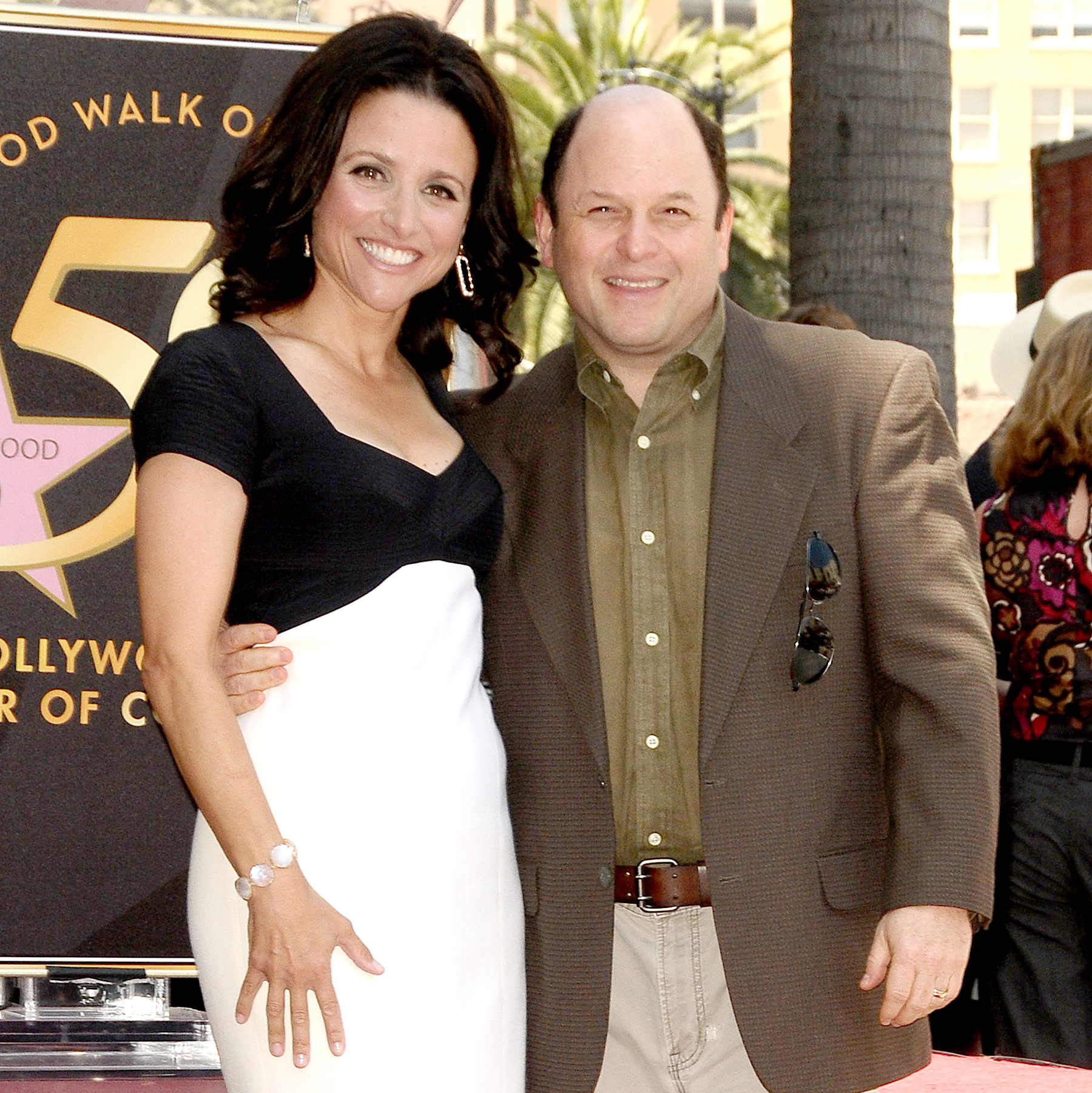 Watch Julia Louis-Dreyfus video