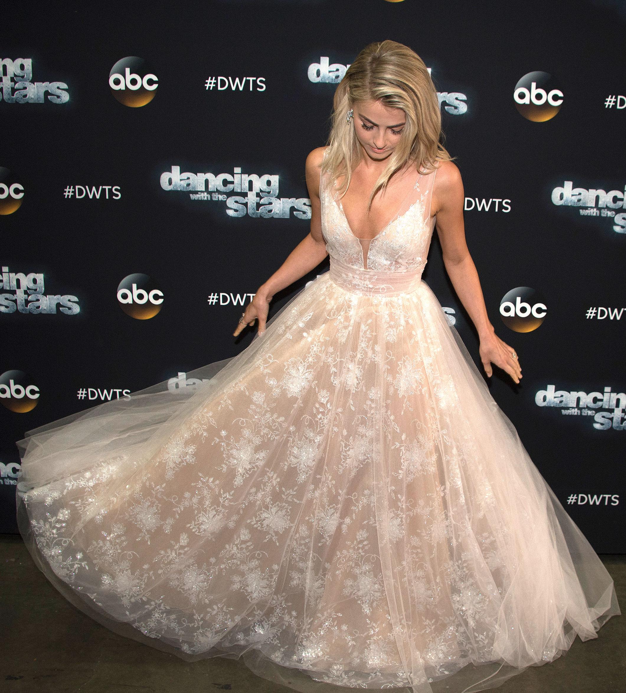 Julianne Hough Wedding Dress.Julianne Hough Wears Bridal Dress On Dancing With The Stars