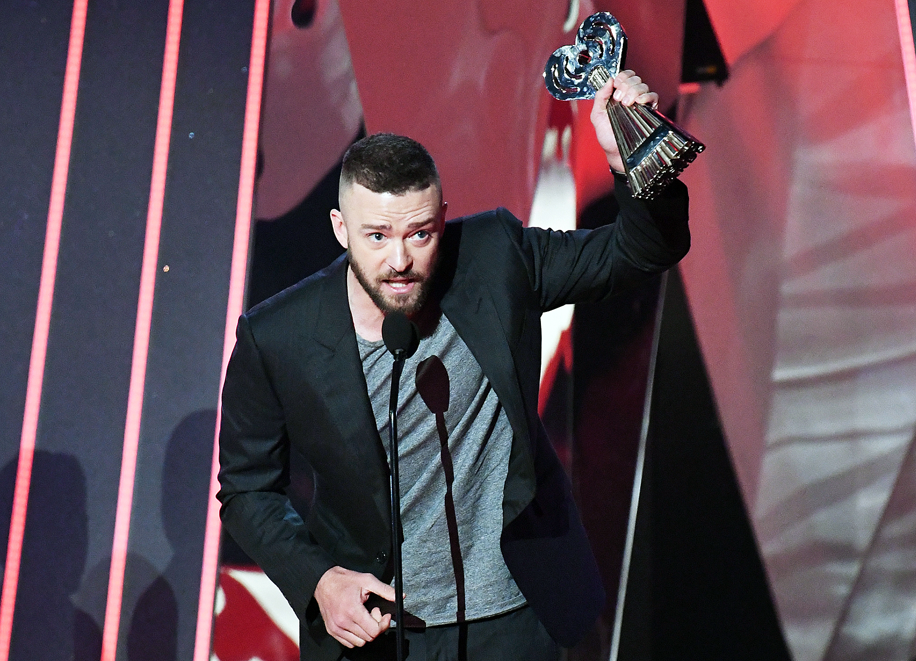 Justin Timberlake iHeartRadio Music Awards