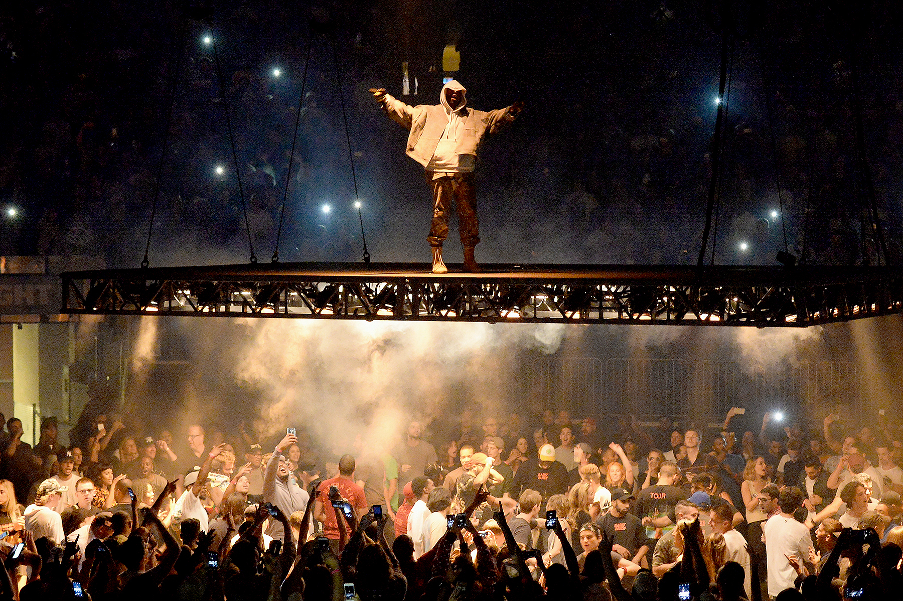Kanye West performs during The Saint Pablo Tour at Madison Square Garden on September 5, 2016 in New York City.