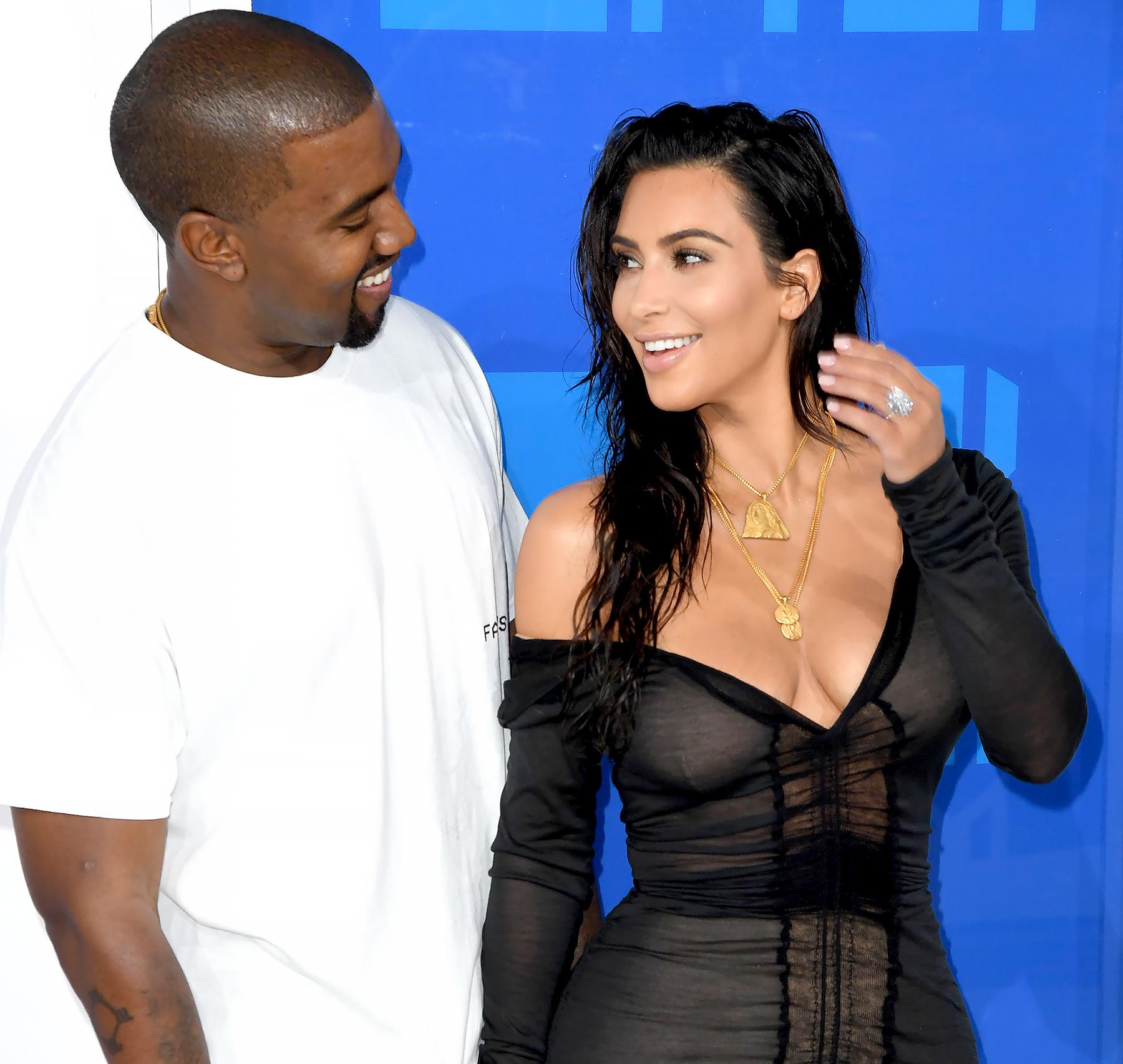 Kim Kardashian and Kanye West arrive for the 2016 MTV Video Music Awards.