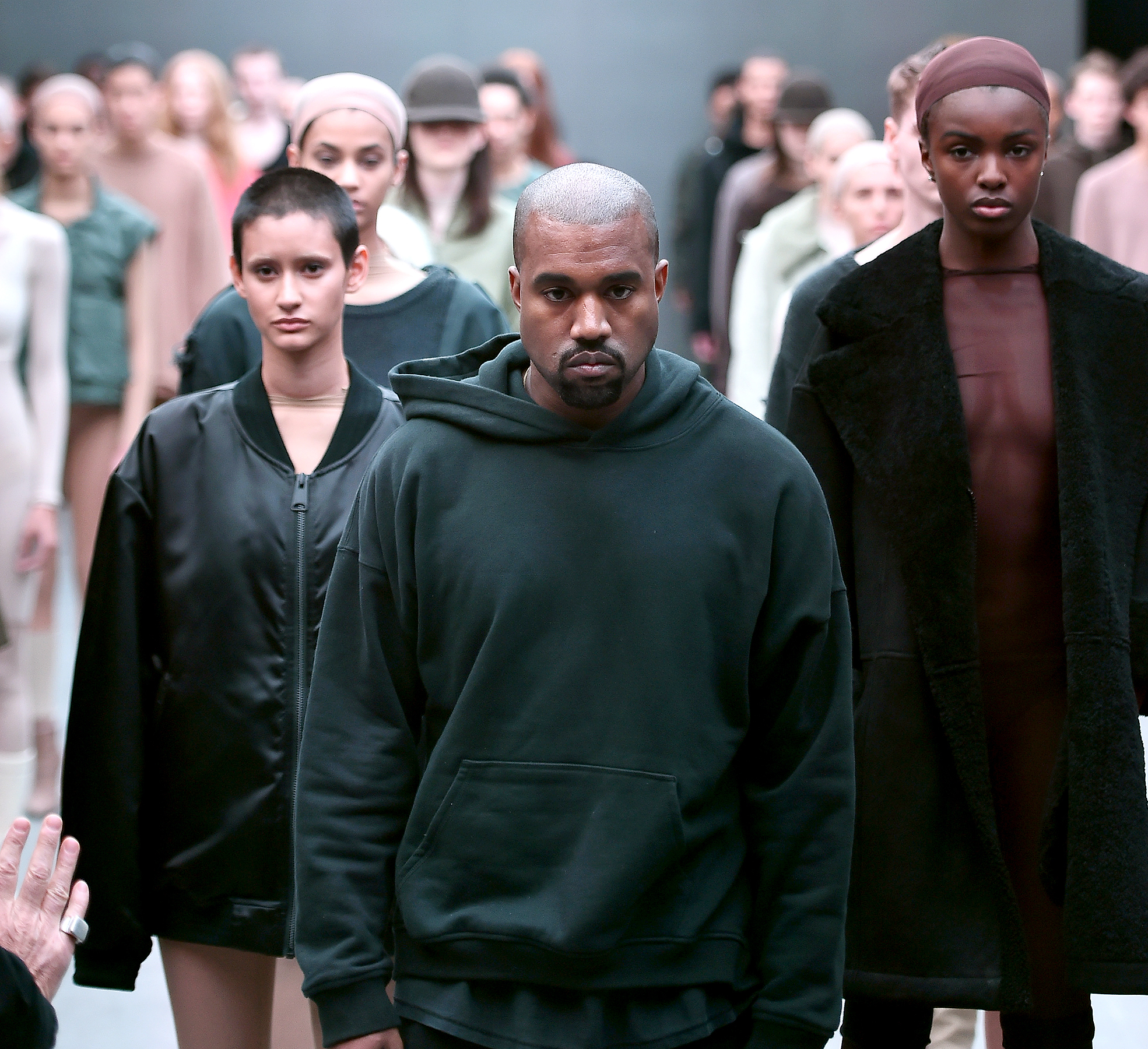 best service f7a5a d771f Kanye West to Debut Yeezy Season 5 During New York Fashion Week
