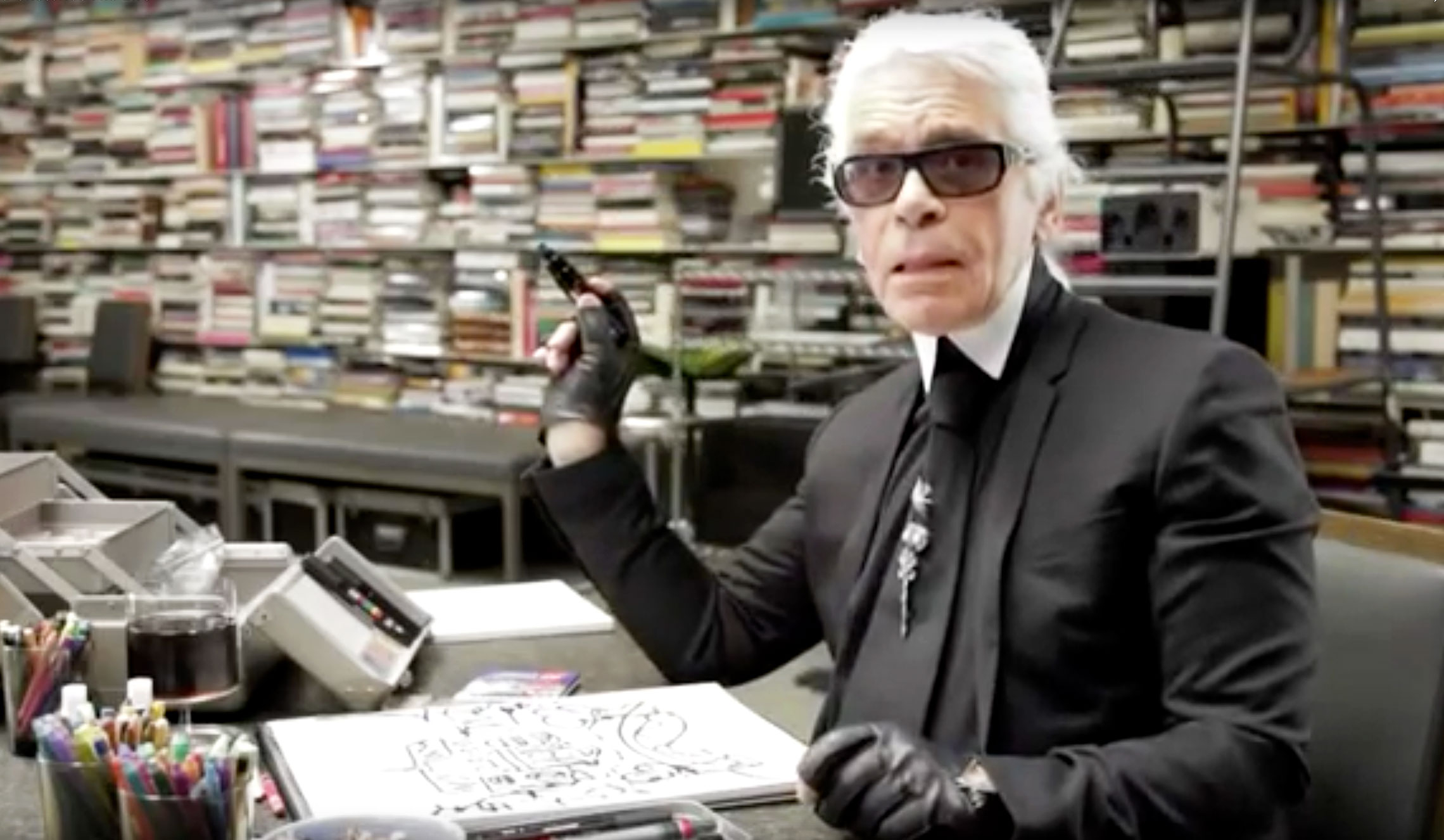 10 didnt things know karl lagerfeld new photo