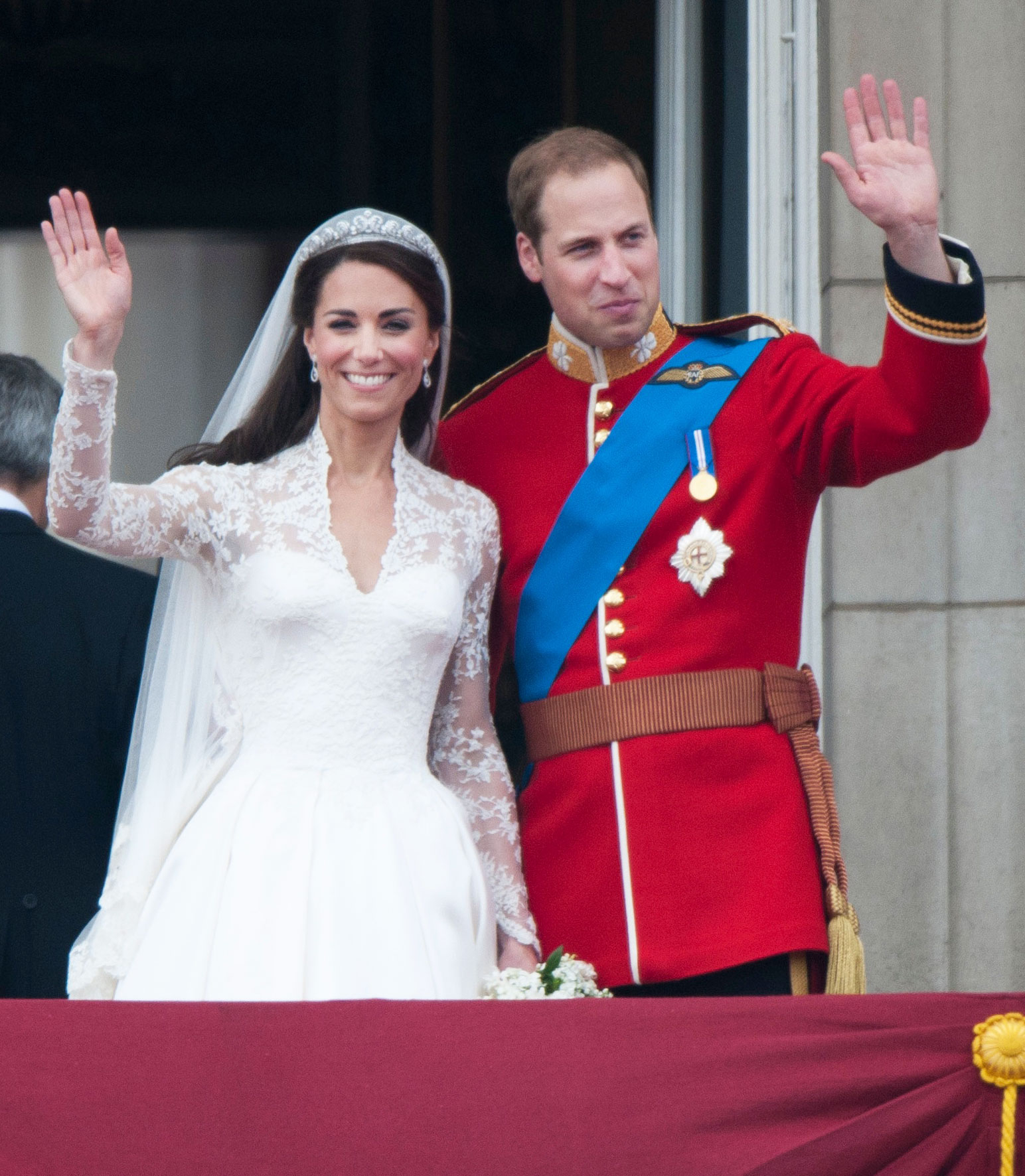 Alexander McQueen Sued Over Kate Middleton\'s Wedding Dress