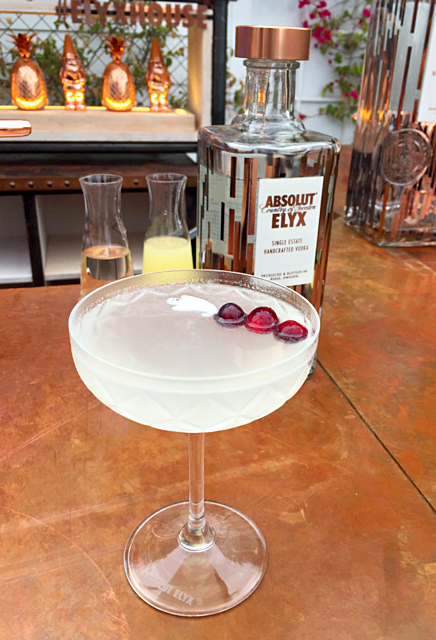Bloody White Cosmo