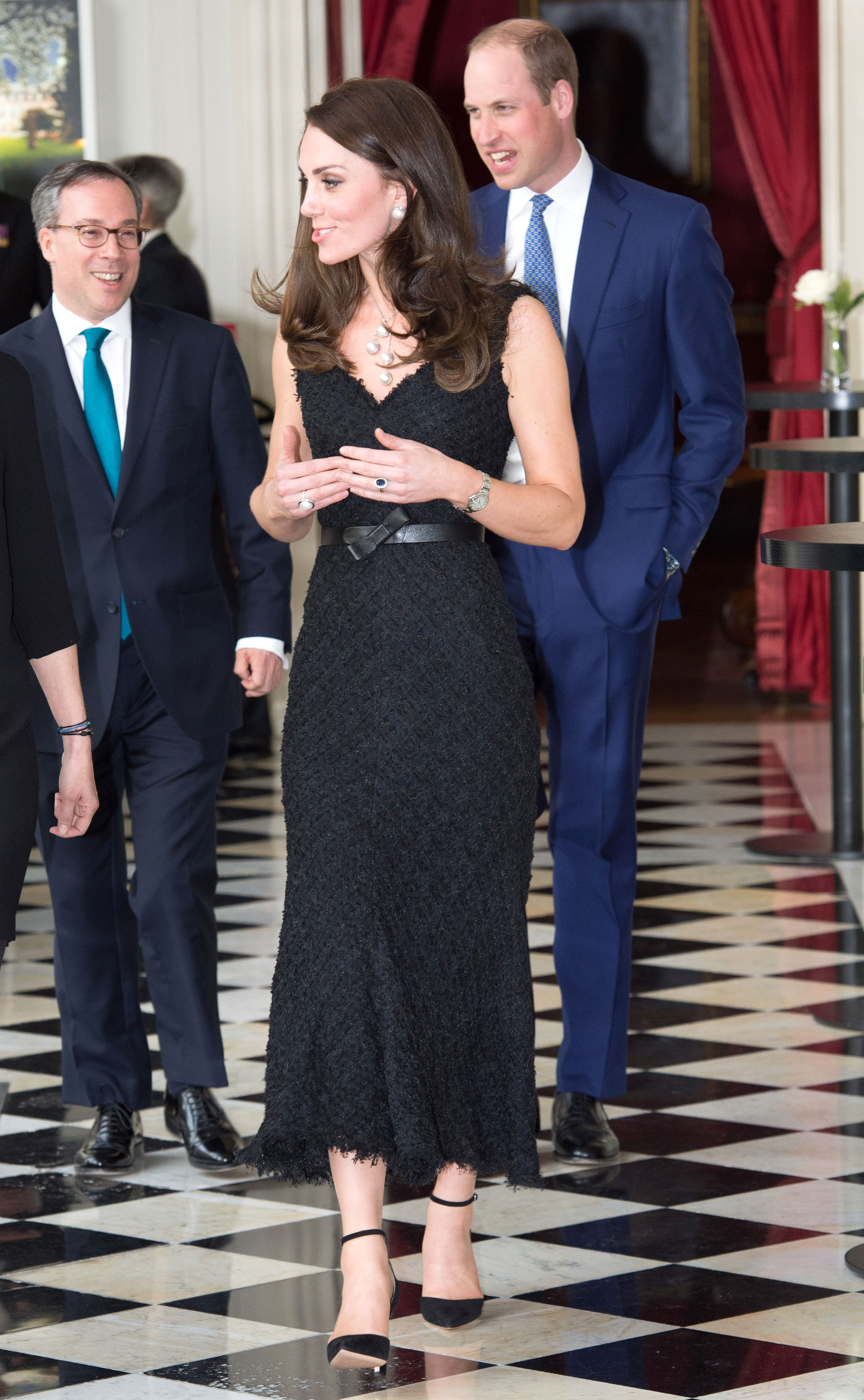 714b6bd978e Duchess Kate donned the most Parisian-inspired look for her visit to the  French capital on Friday