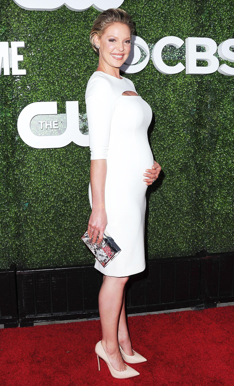 Pregnant Katherine Heigl Wears Bump Hugging White Dress