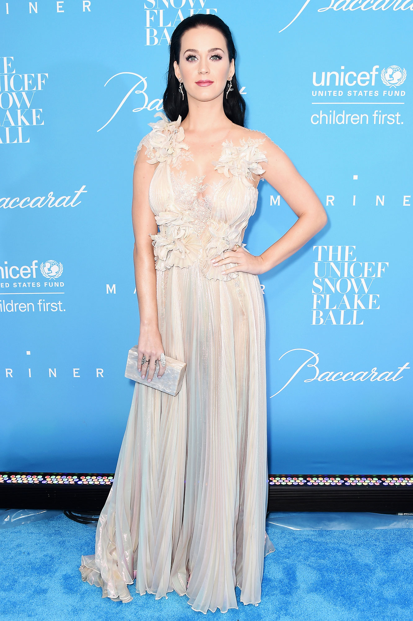 Katy Perry Orlando Bloom Hit Red Carpet Together Video