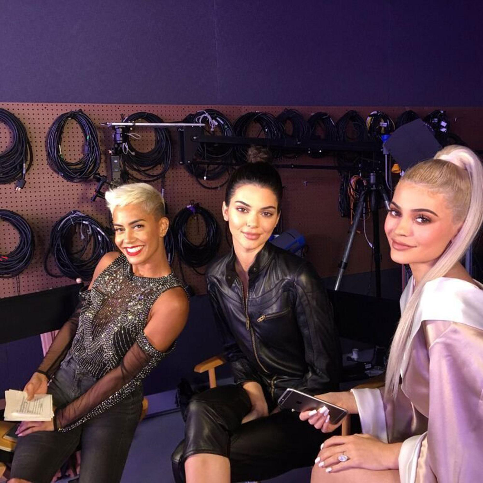Kendall Jenner Kylie Jenner plastic surgery rumors