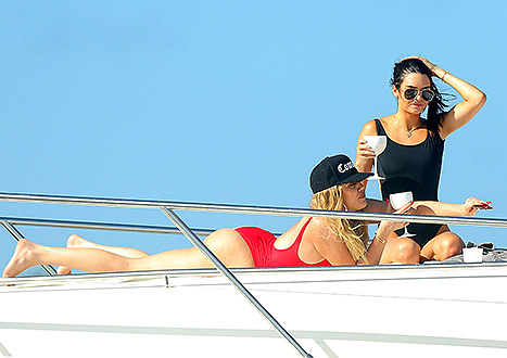 kendall and khloe drinking