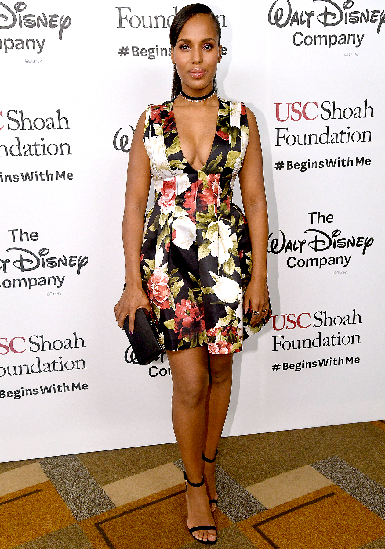 Kerry Washington attends Ambassadors for Humanity Gala Benefiting USC Shoah Foundation at the Ray Dolby Ballroom at Hollywood & Highland Center on December 8, 2016 in Hollywood, California.