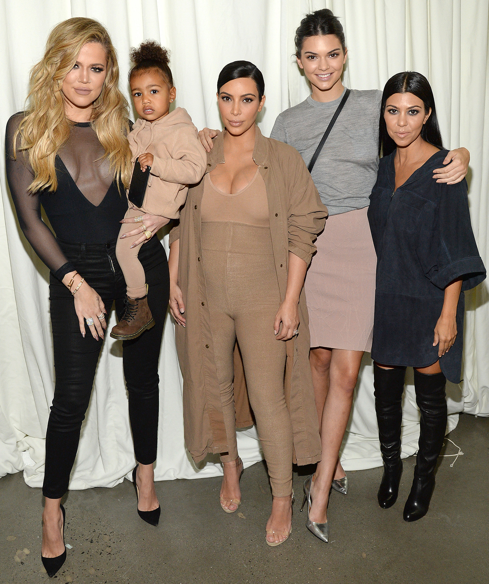 8b7160a129ff KUWTK  Recap  Kim Kardashian Slams Caitlyn Jenner for Lies in Memoir