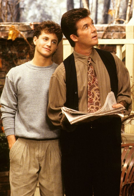 Kirk Cameron and Alan Thicke in Growing Pains.