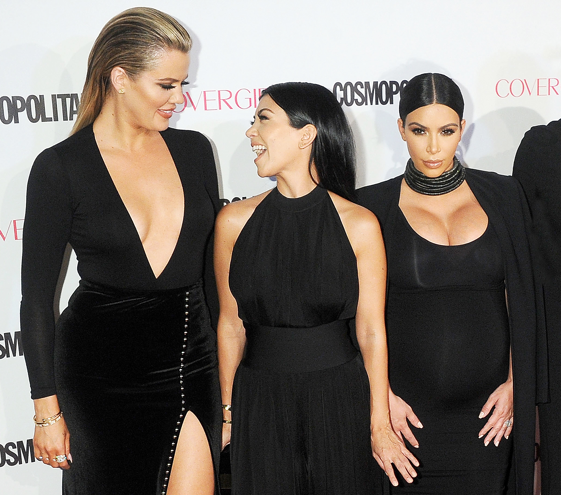 b289e0e2aae1 Kourtney Kardashian on Fighting With Sisters: Kim Gives 'Little Digs'