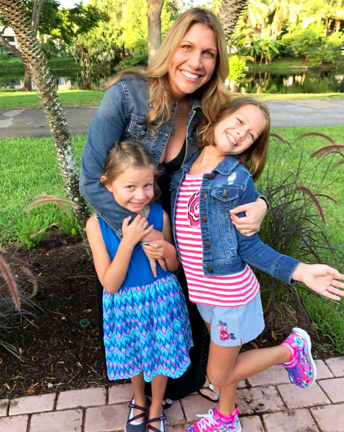 Kristen Hewitt and daughters