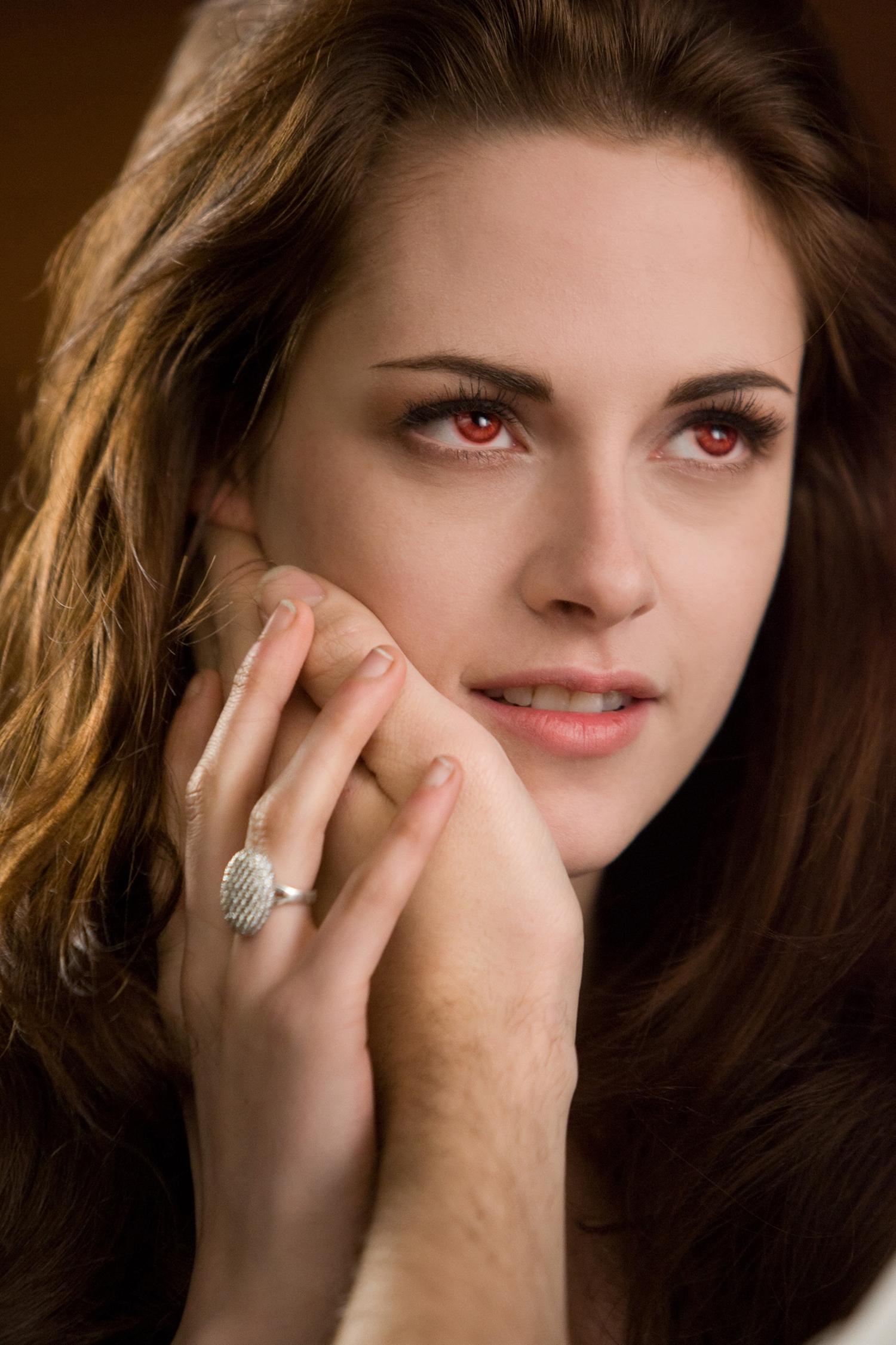 �twilight saga� props auction includes bella�s engagement ring