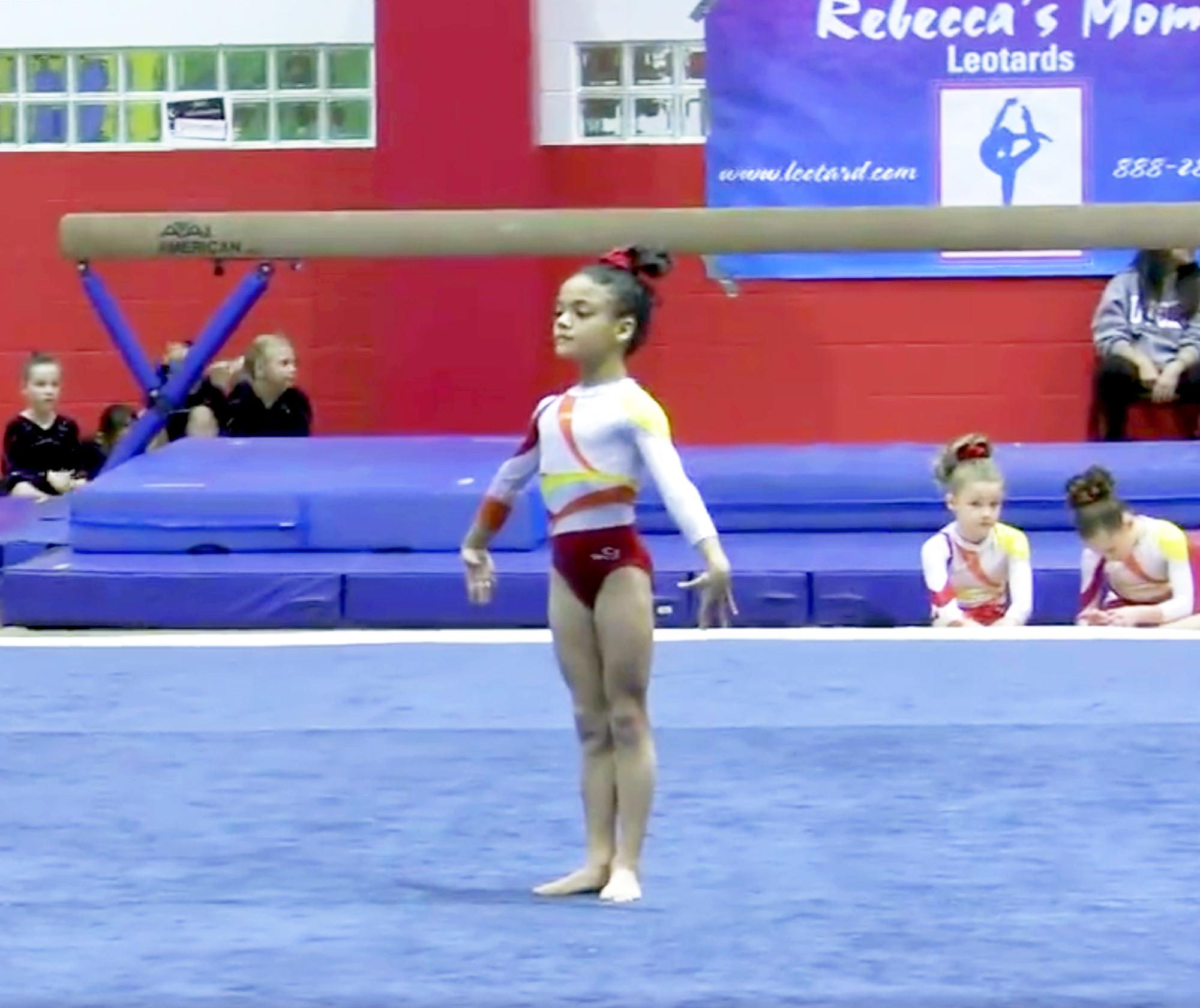 Extra small teen naked gymnast