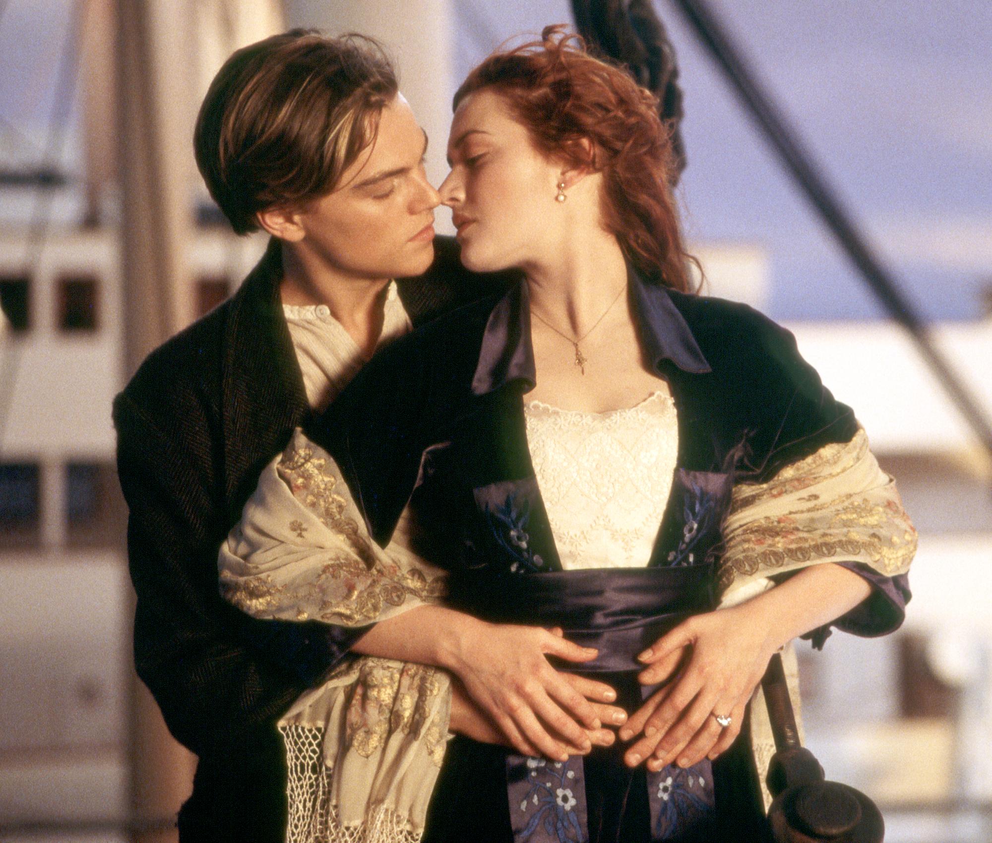 Leonardo DiCaprio and Kate Winslet Titanic