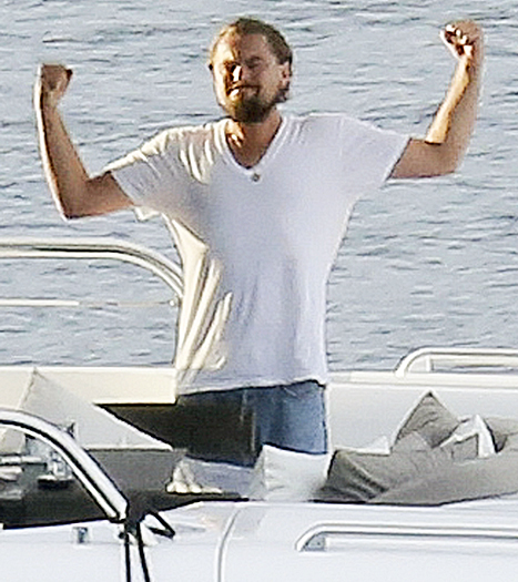 leo's muscles on yacht
