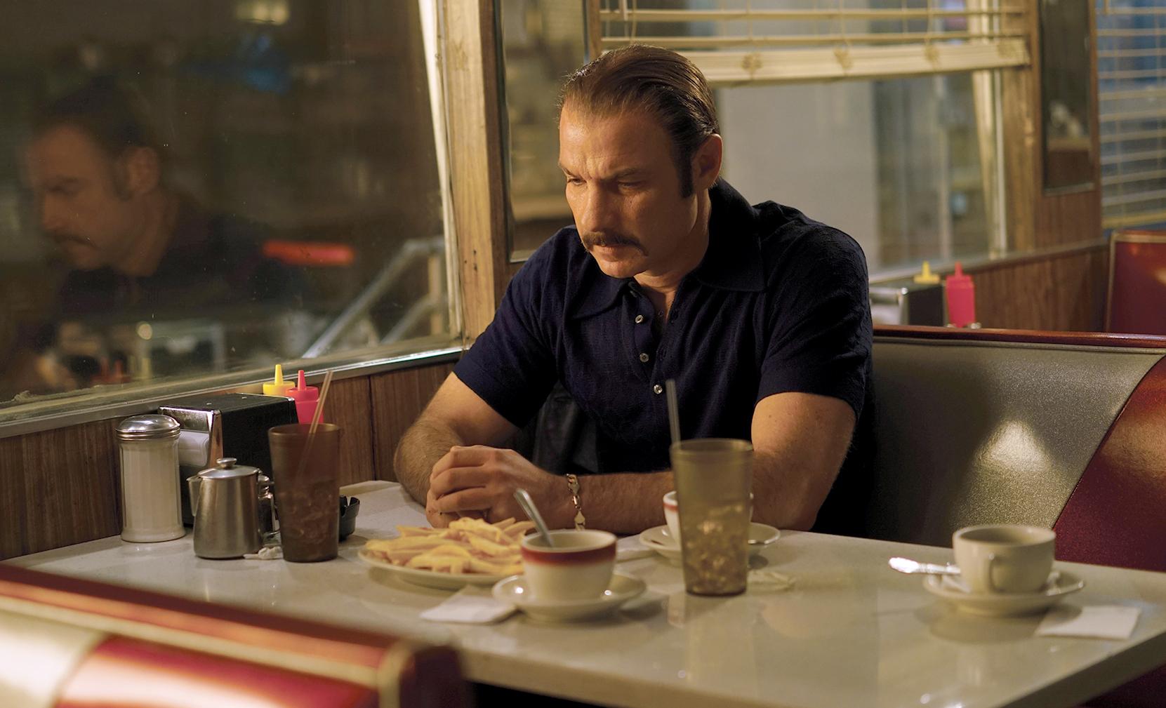 Liev Schreiber as Chuck Wepner in Philippe Falardeauís CHUCK.
