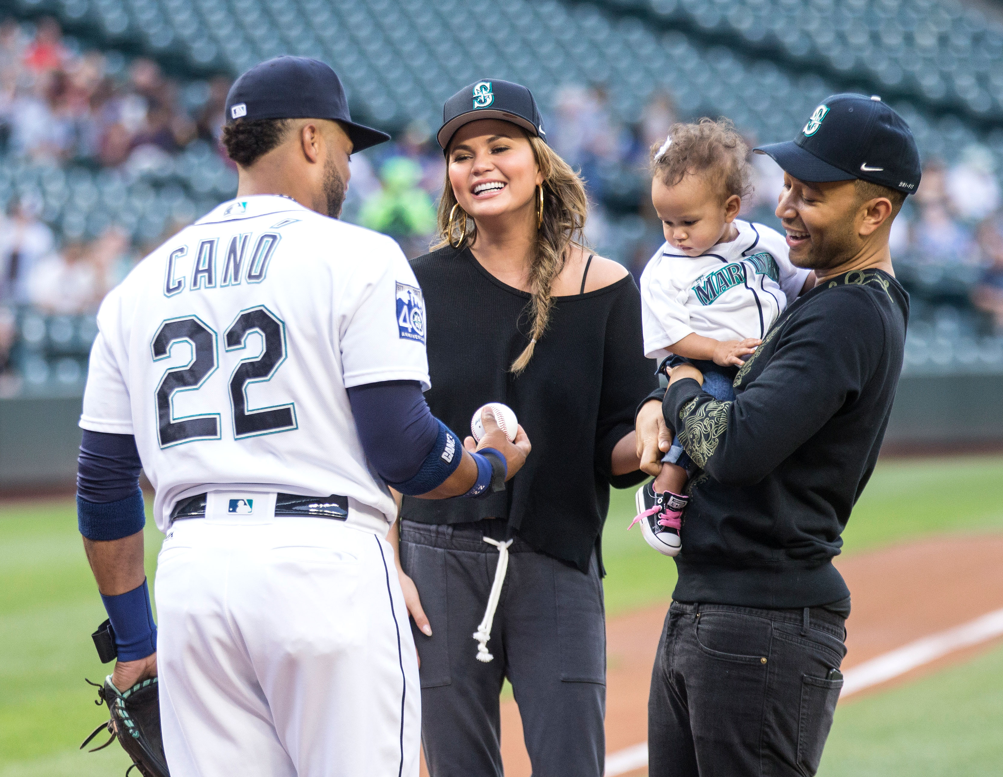 Chrissy Teigen, John Legend help Luna Stephens