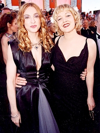 Madonna & Drew Barrymore at the 1998 Academy Awards in Los Angeles.