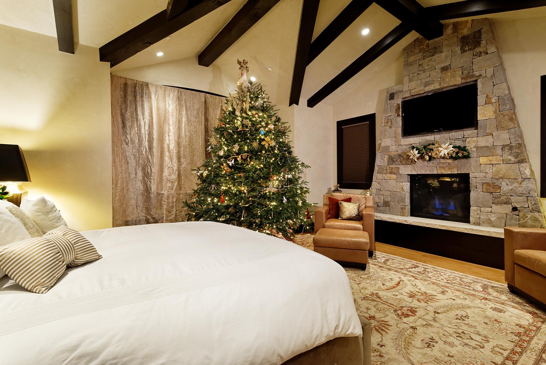 Mariah Carey AirBnB Aspen Christmas