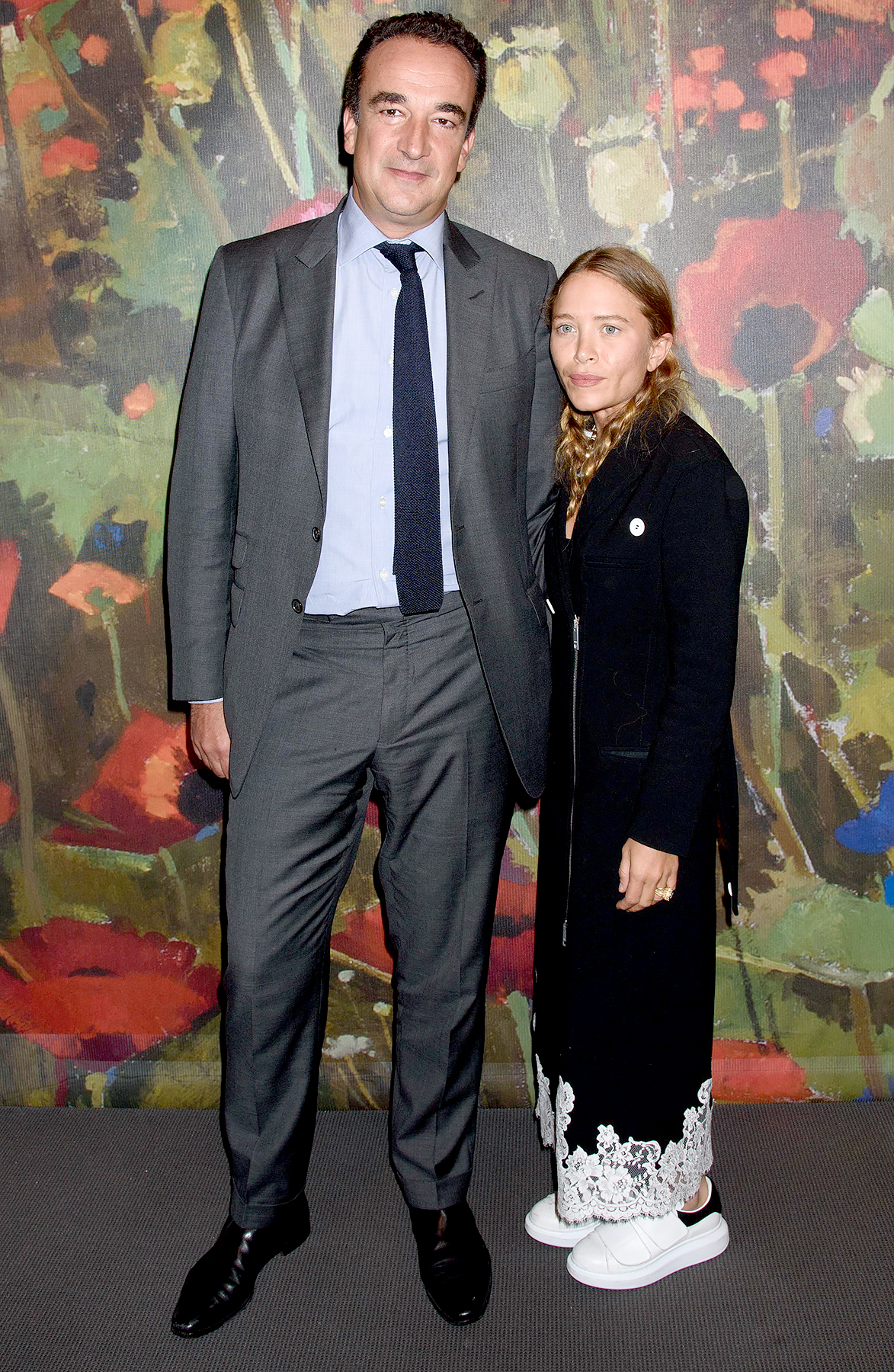 Mary Kate Olsen dating Sarkozy