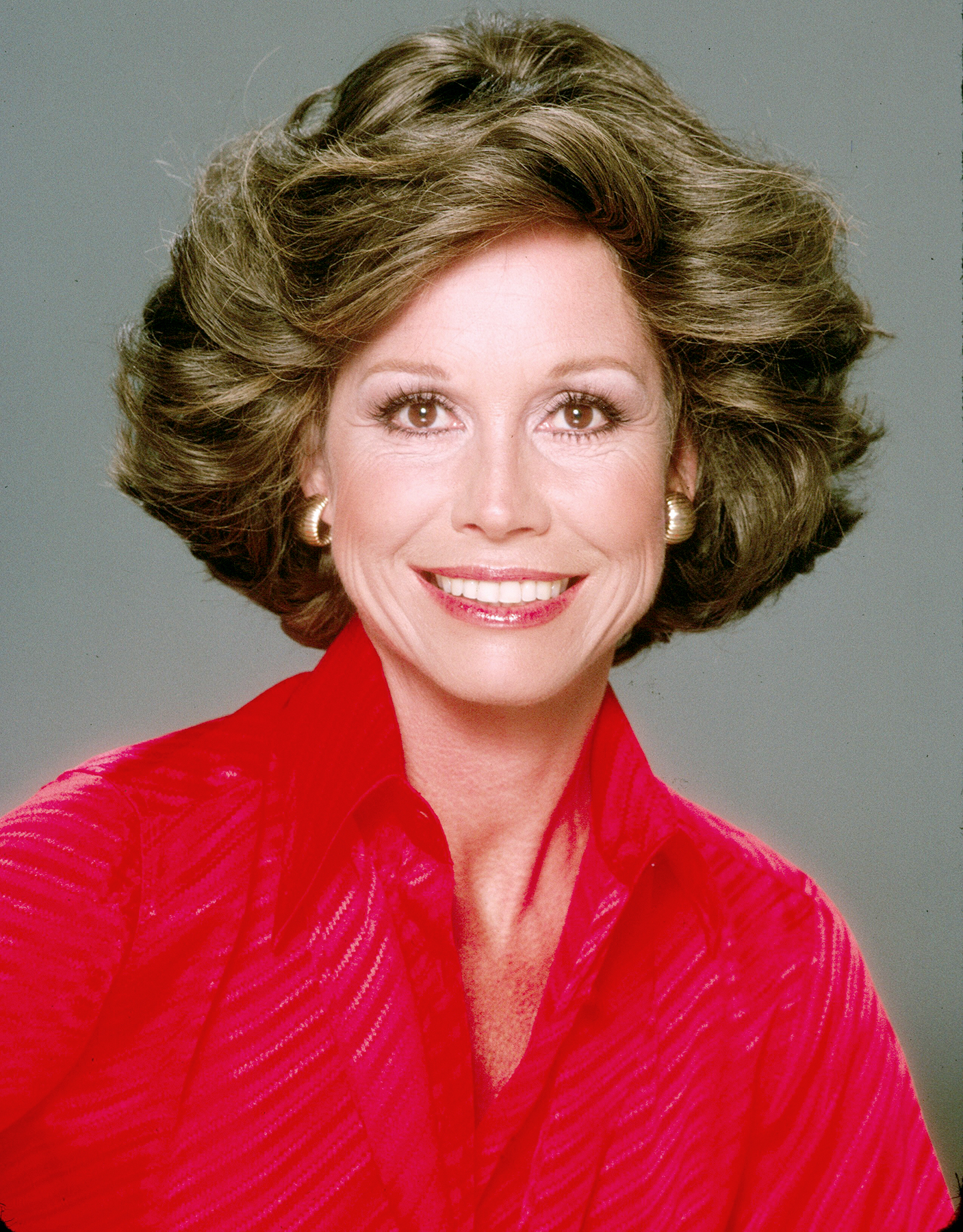 Mary Tyler Moore poses for a portrait in 1978 in Los Angeles, California.