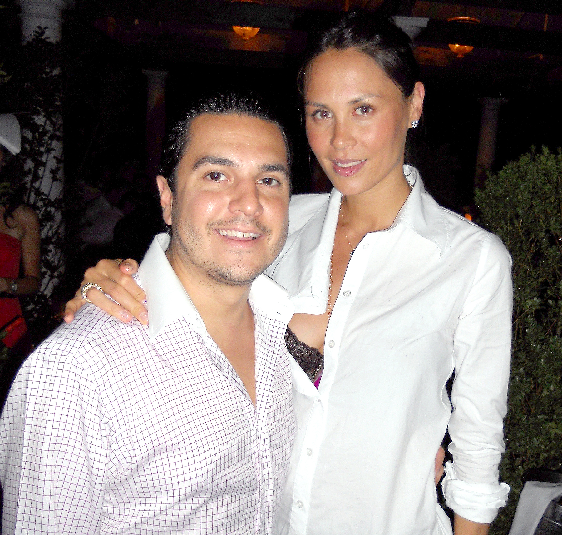 Michael Wainstein and Julianne Wainstein pose circa September 2010 in The Hamptons.