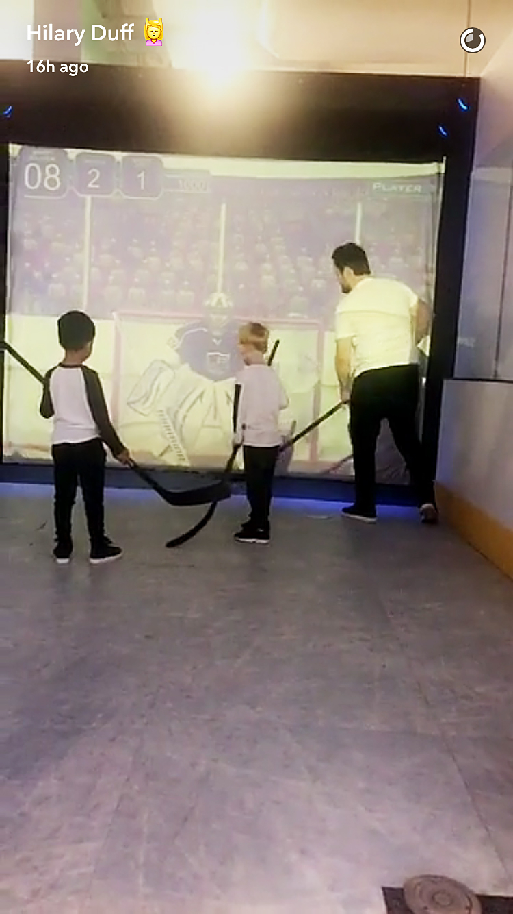 Mike Comrie hockey Luca Hilary Duff