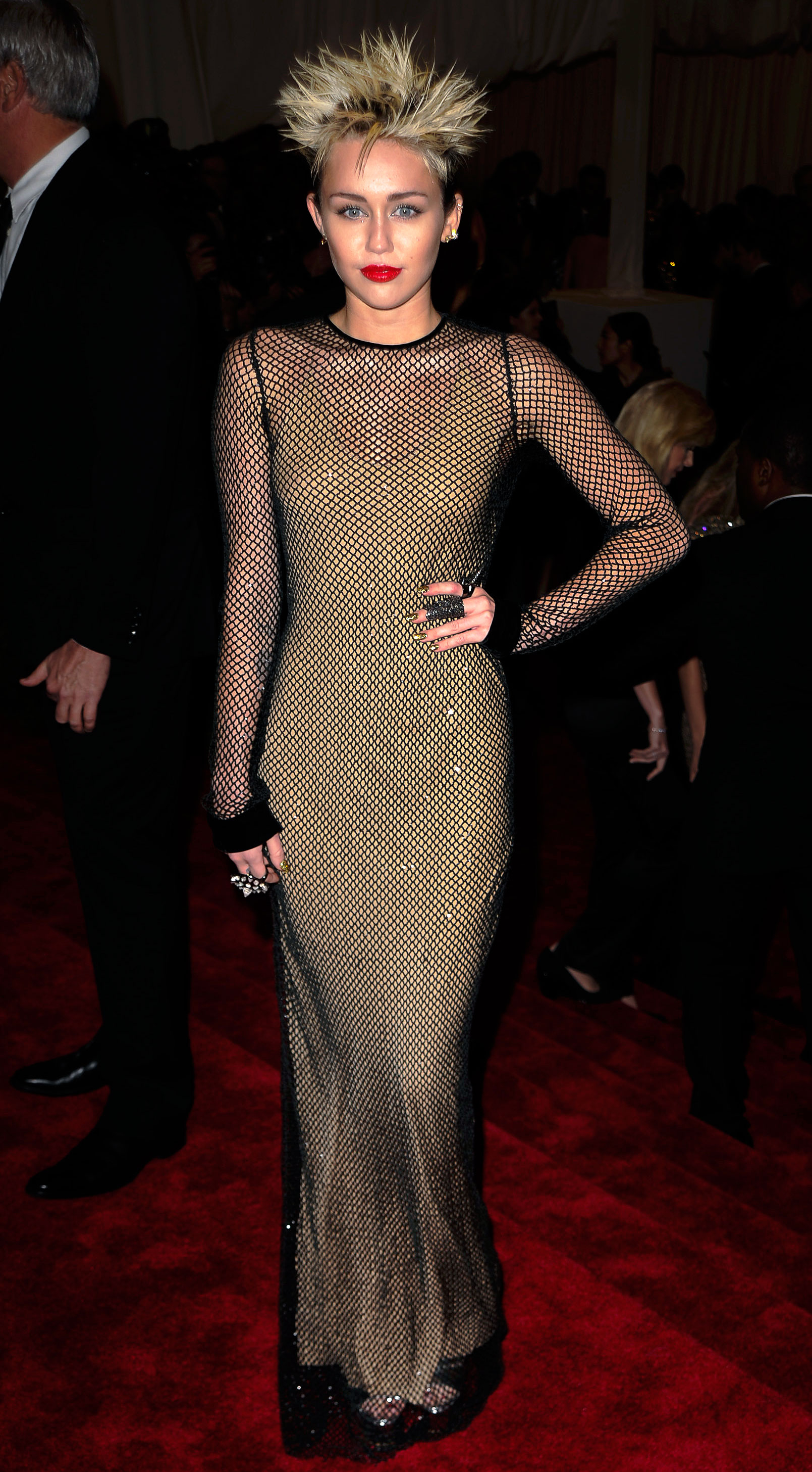 Miley Cyrus - In Marc Jacobs.