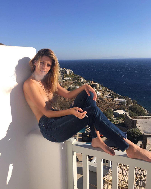 Mischa Barton topless censored Instagram