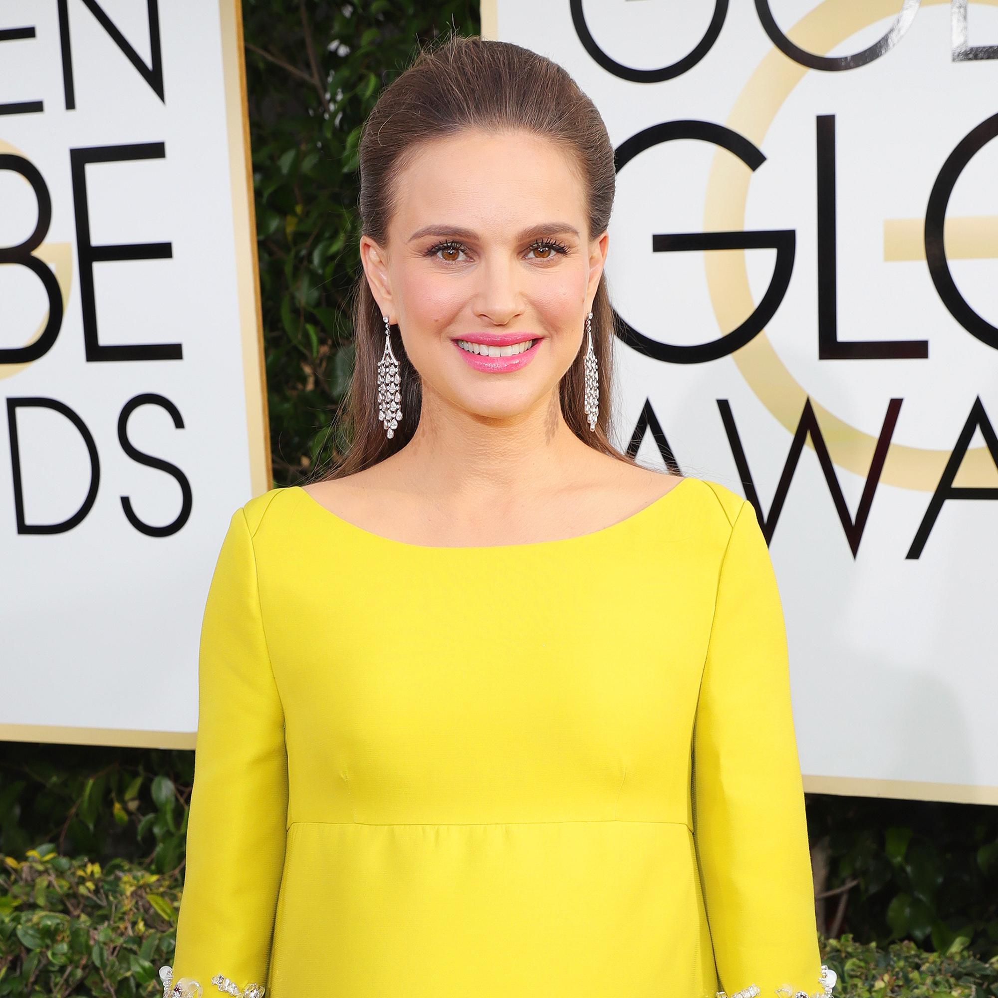 8ebd78a8edec 2017 Golden Globes Red Carpet  Natalie Portman Channels Jackie Kennedy