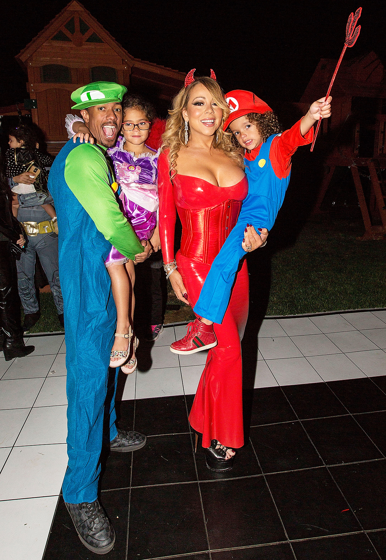 Mariah Carey Hosts Halloween Party With Nick Cannon, Kids