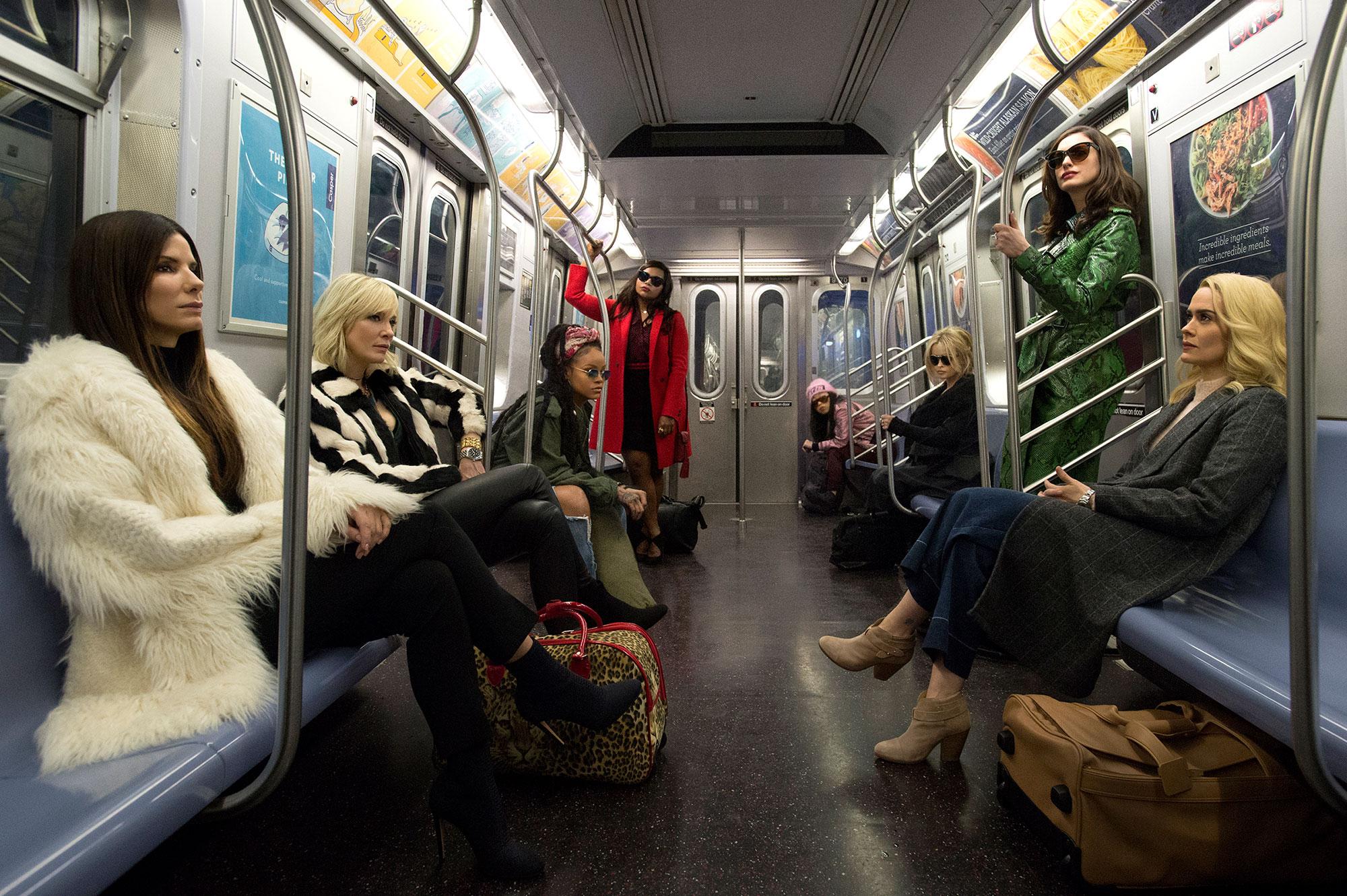 Sandra Bullock, Rihanna, Mindy Kaling, Cate Blanchett, Anne Hathaway, Helena Bonham Carter, Sarah Paulson, Awkwafina Ocean's Eight