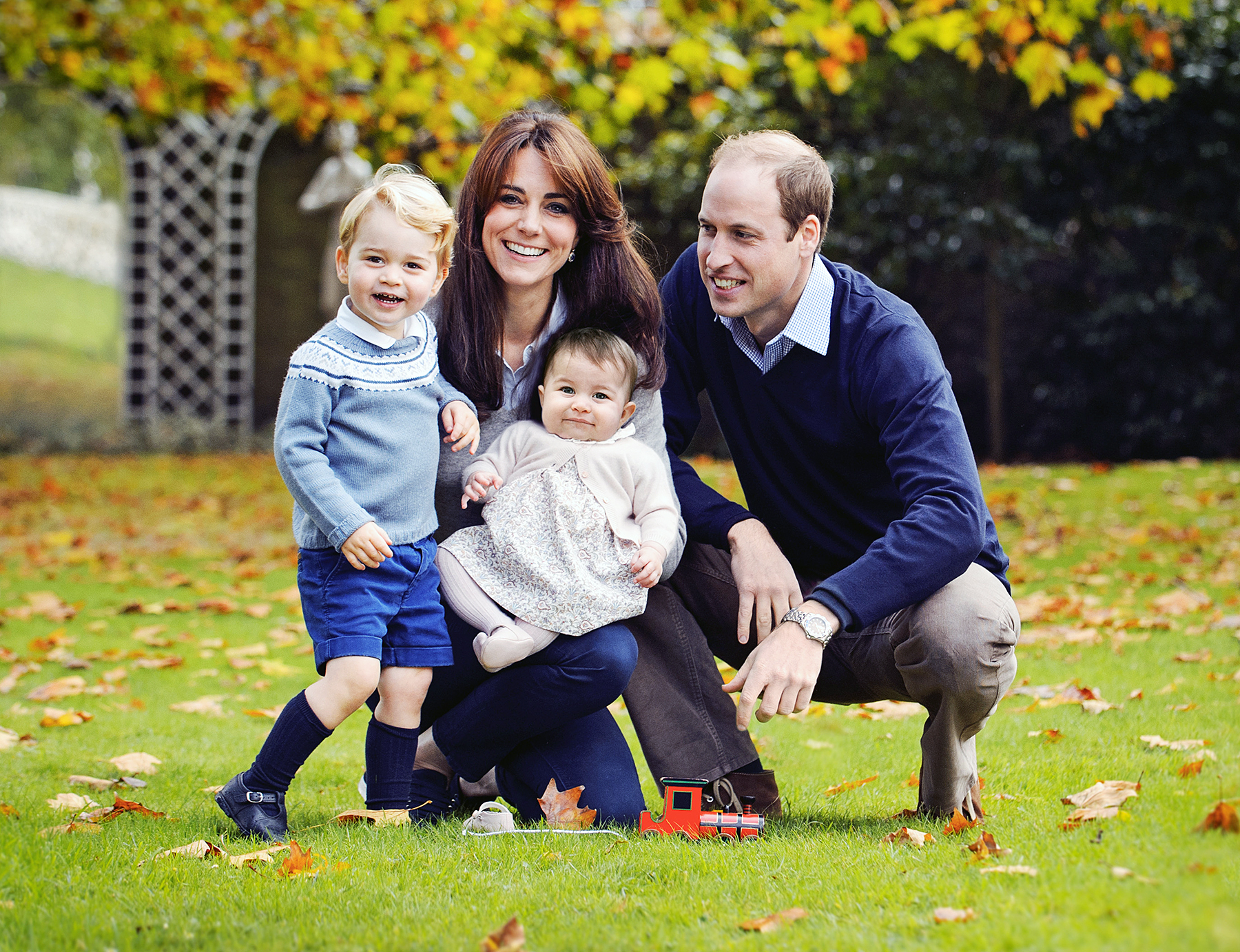 Kate Middleton and Prince William with Prince George and Charlotte