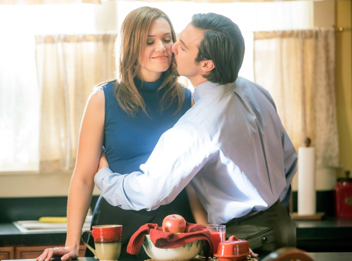 Mandy Moore as Rebecca and Milo Ventimiglia as Jack in This Is Us