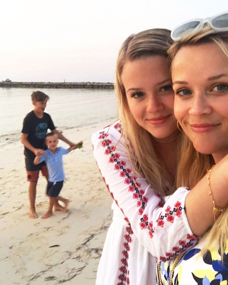 Reese Witherspoon Ava Deacon Tennessee