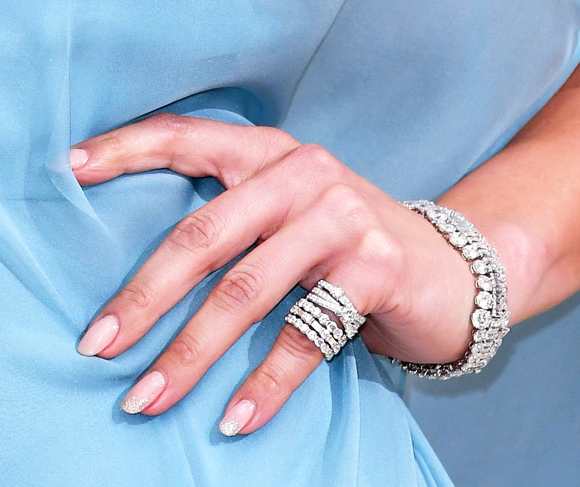 Blake Lively Wore Actual 24K Gold on Her Nails at the Met Gala 2017