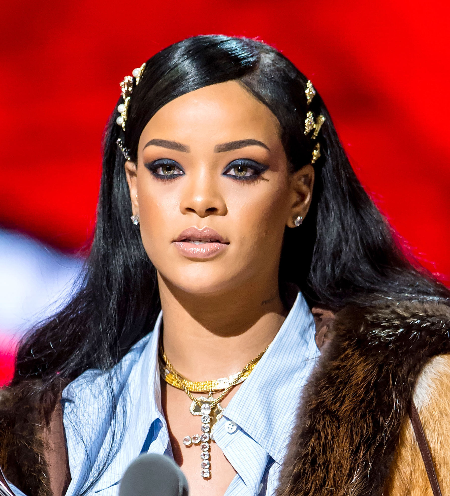 "Rihanna - Rihanna's Navy and Beyoncé's Hive came to digital blows when RiRi liked a tweet that seemed to poke fun at the chart performance of ""Formation"" versus her own single ""Work."" The Beyhive's consensus: ""After canceling tour dates, reducing tickets to $10 and selling less than 250k albums WW the LEAST Rihanna can get is a #1 single."""