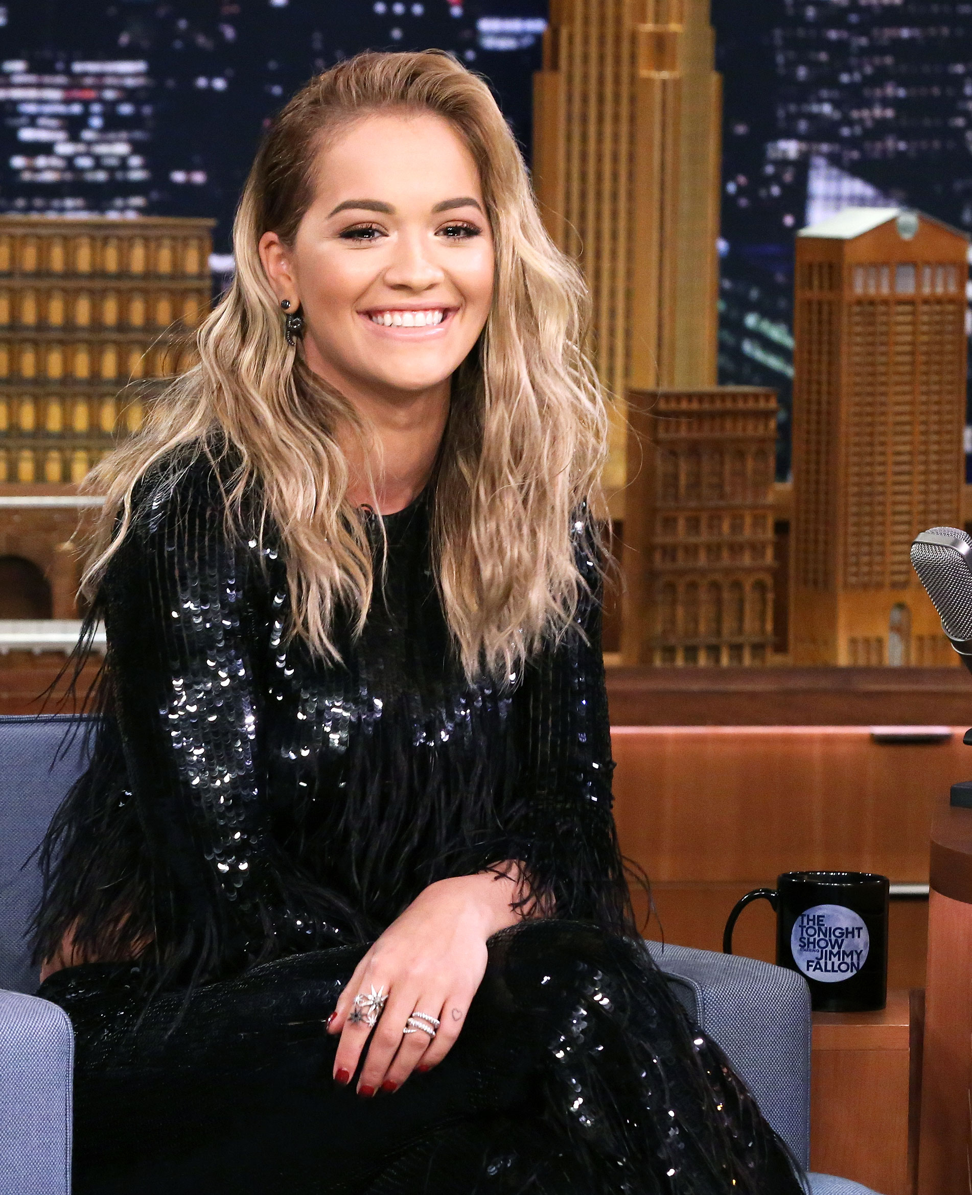 Rita Ora Ditches Bleached Blonde Hair Color For Dark Ombre