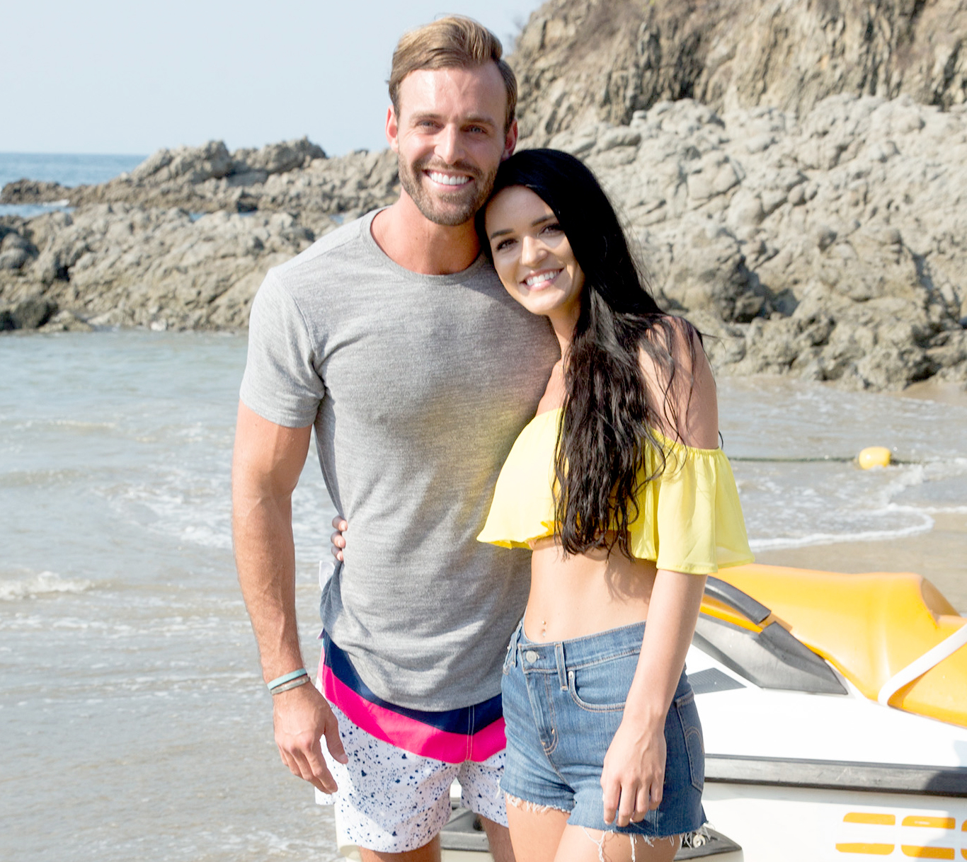 Robby Hayes and Raven Gates on Bachelor In Paradise.