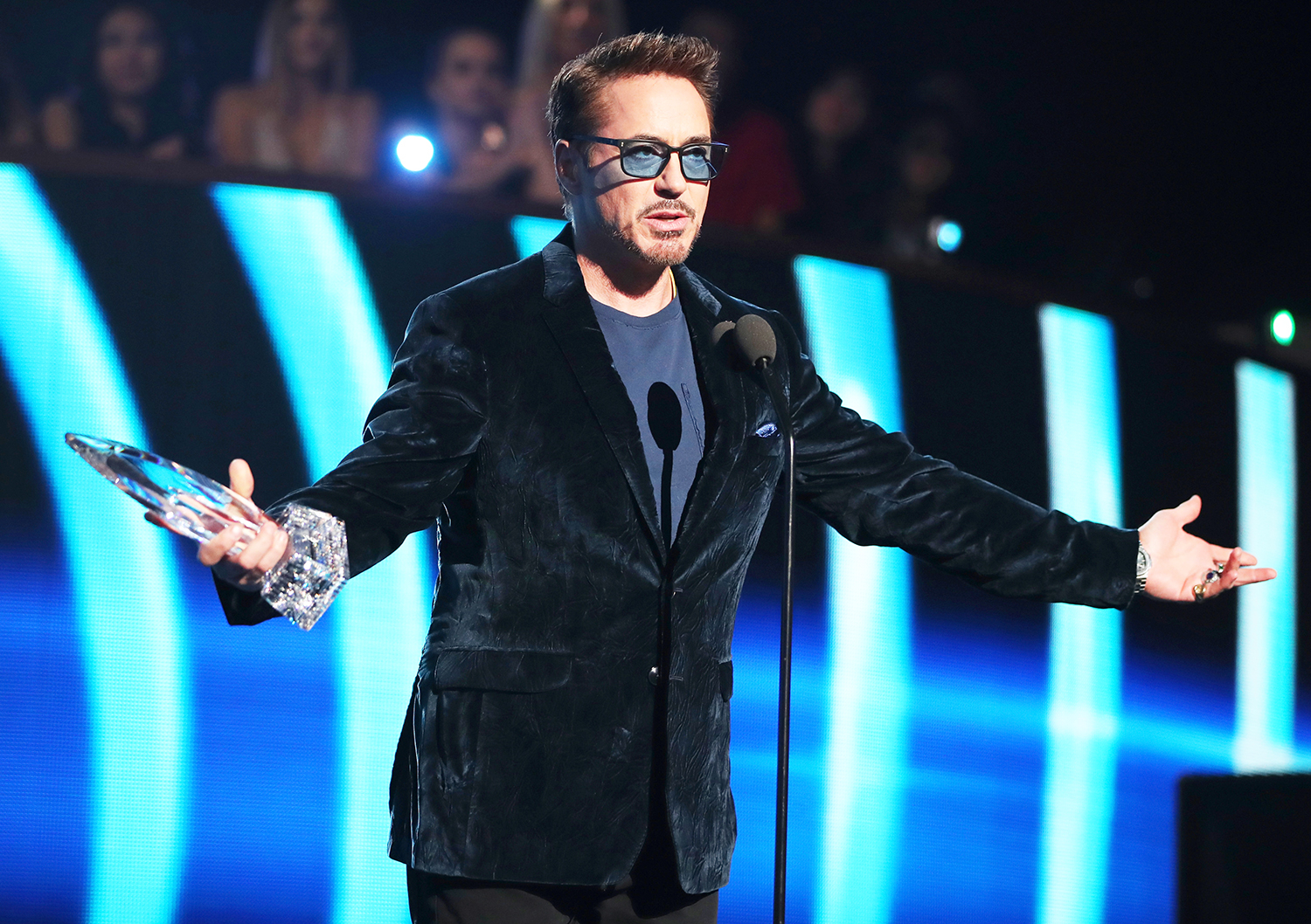Robert Downey Jr. accepts the Favorite Movie Actor award onstage during the People's Choice Awards 2017 at Microsoft Theater on January 18, 2017 in Los Angeles, California.