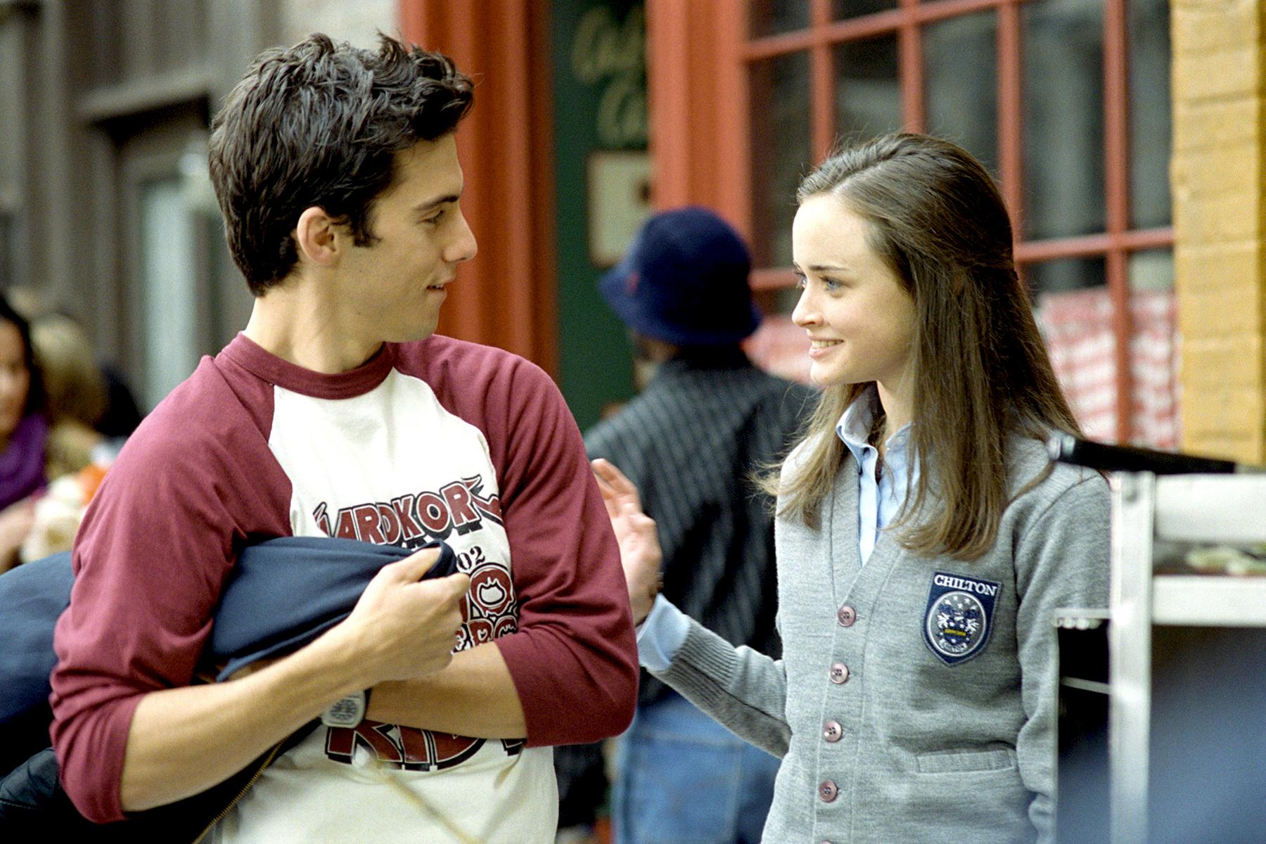 Milo Ventimiglia and Alexis Bledel in Gilmore Girls.