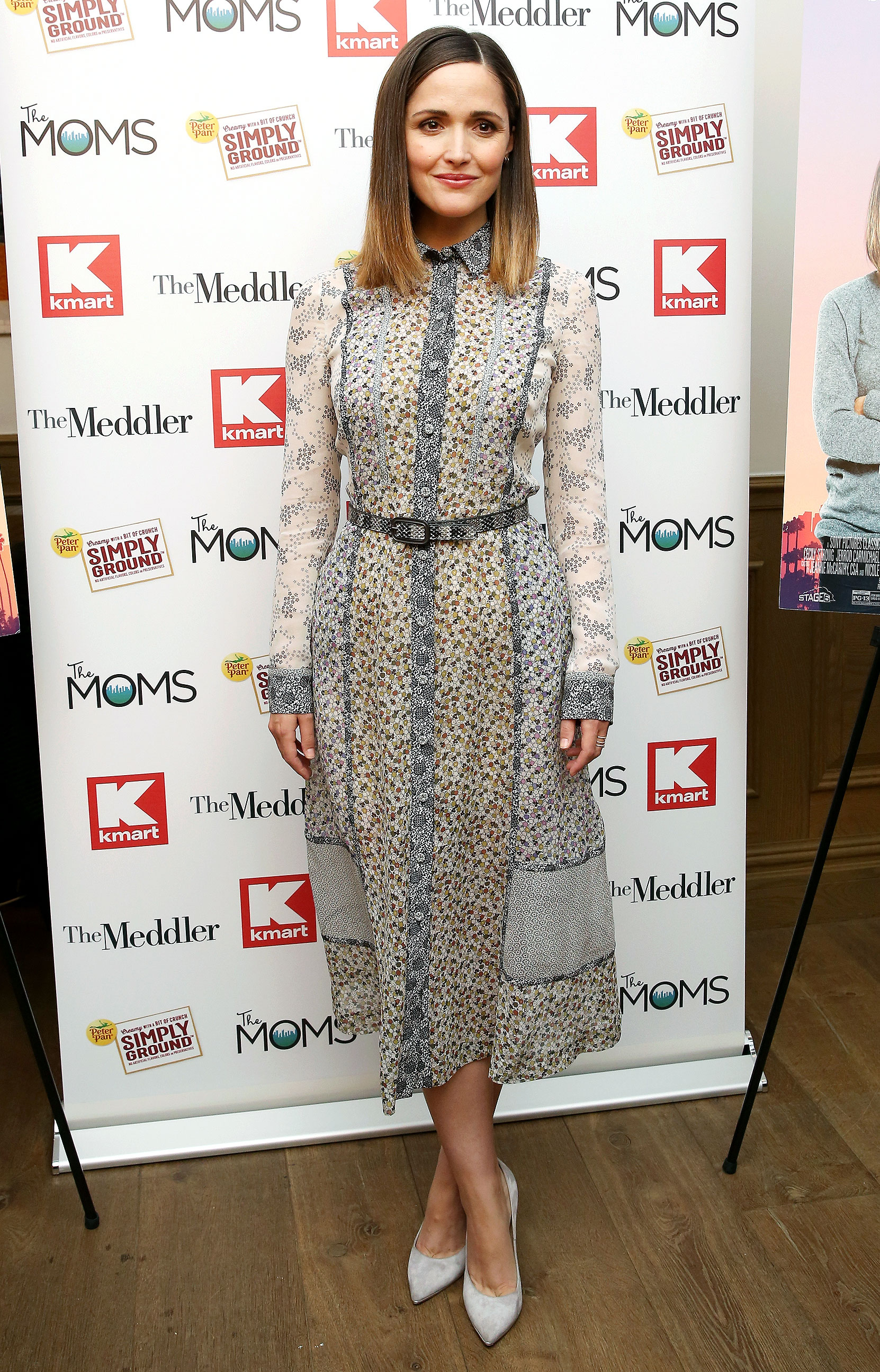 Rose Byrne Shows Off Slim Post-Baby Body in Belted ...