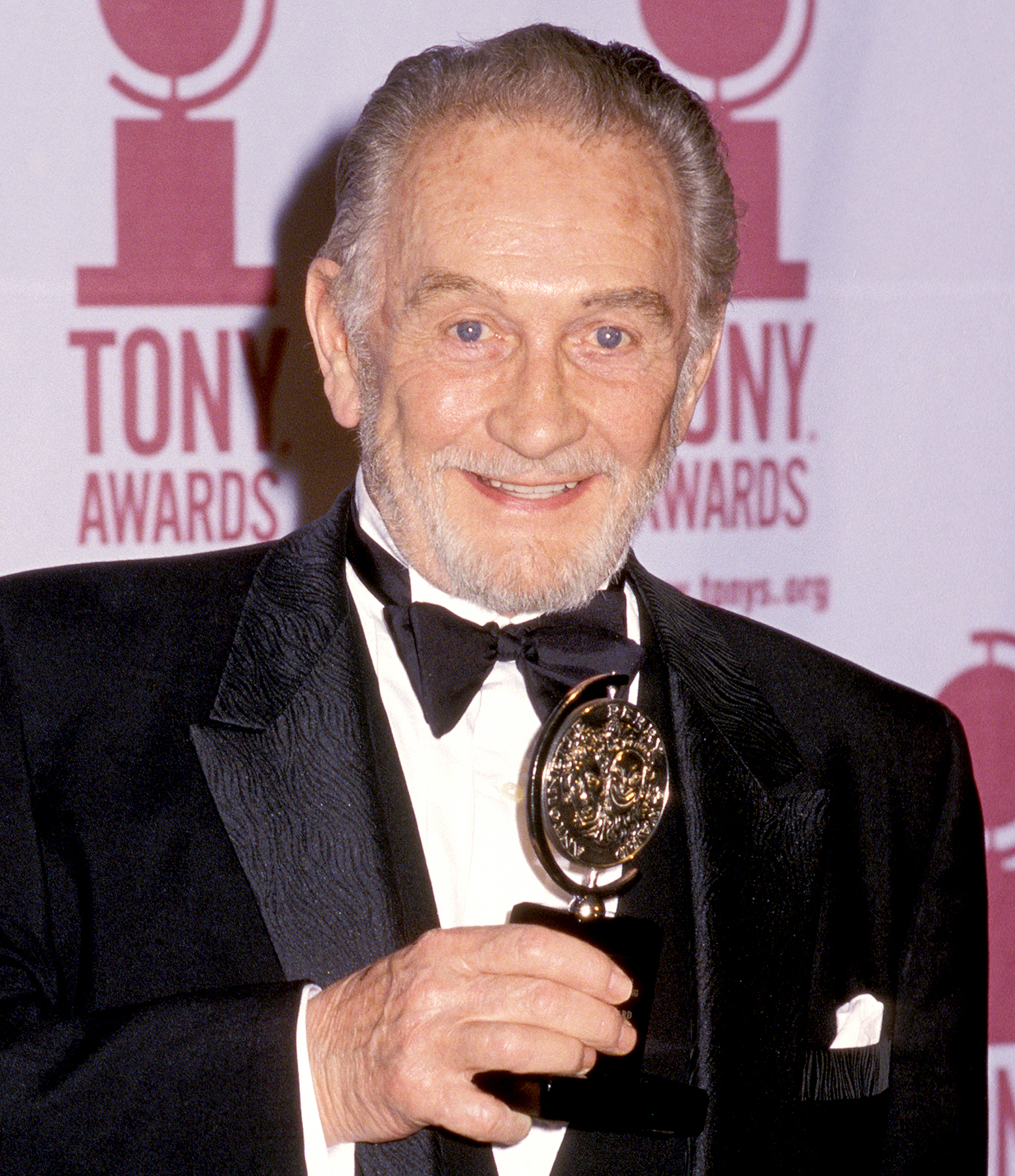 Roy Dotrice attends the 54th Annual Tony Awards on June 4, 2000 at Radio City Music Hall in New York City.