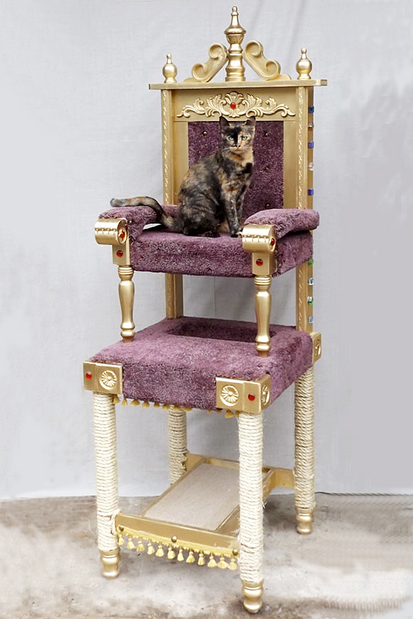 royal throne cat tree