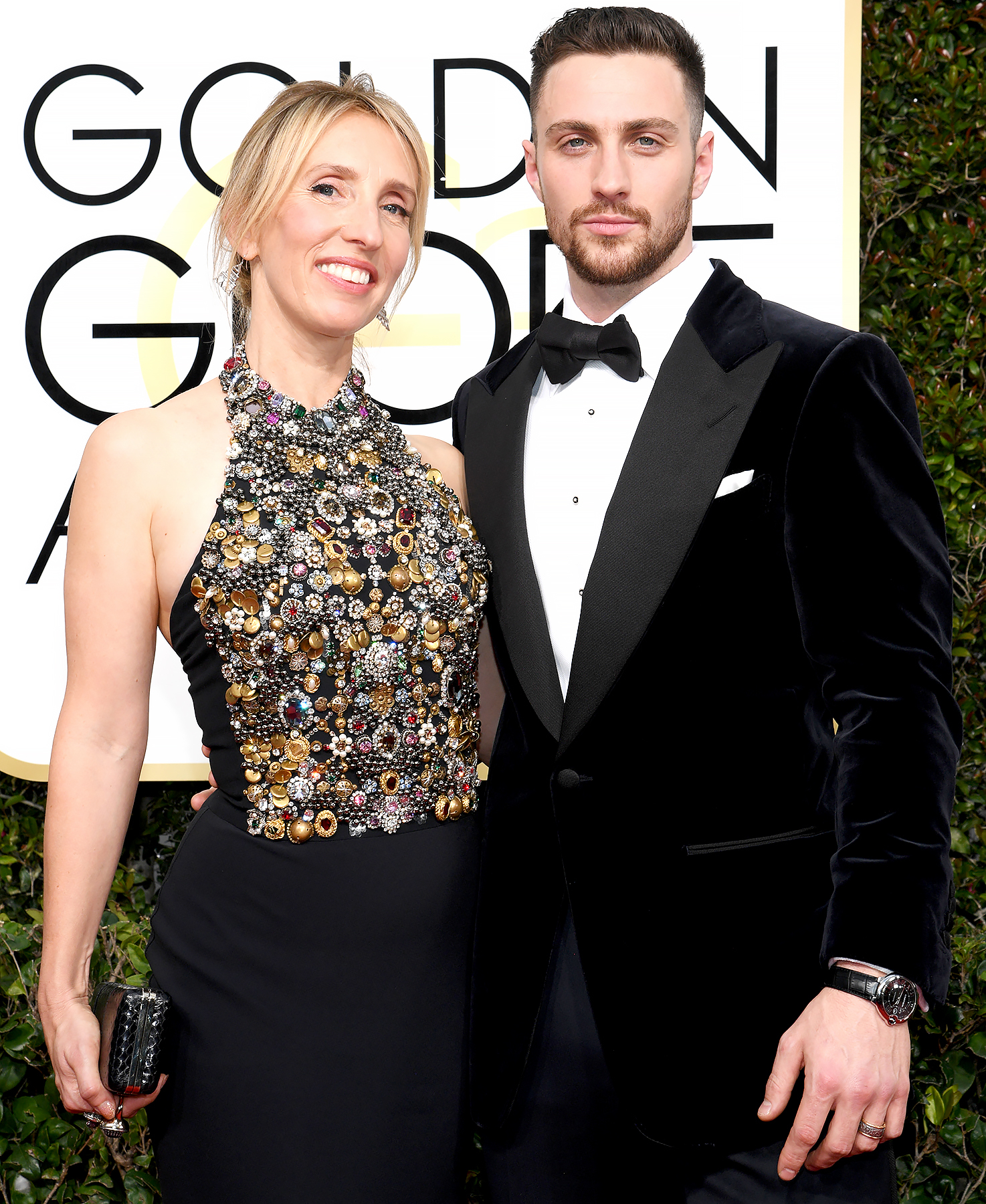 Aaron Taylor-Johnson Thanks Wife, Daughters in Golden ...
