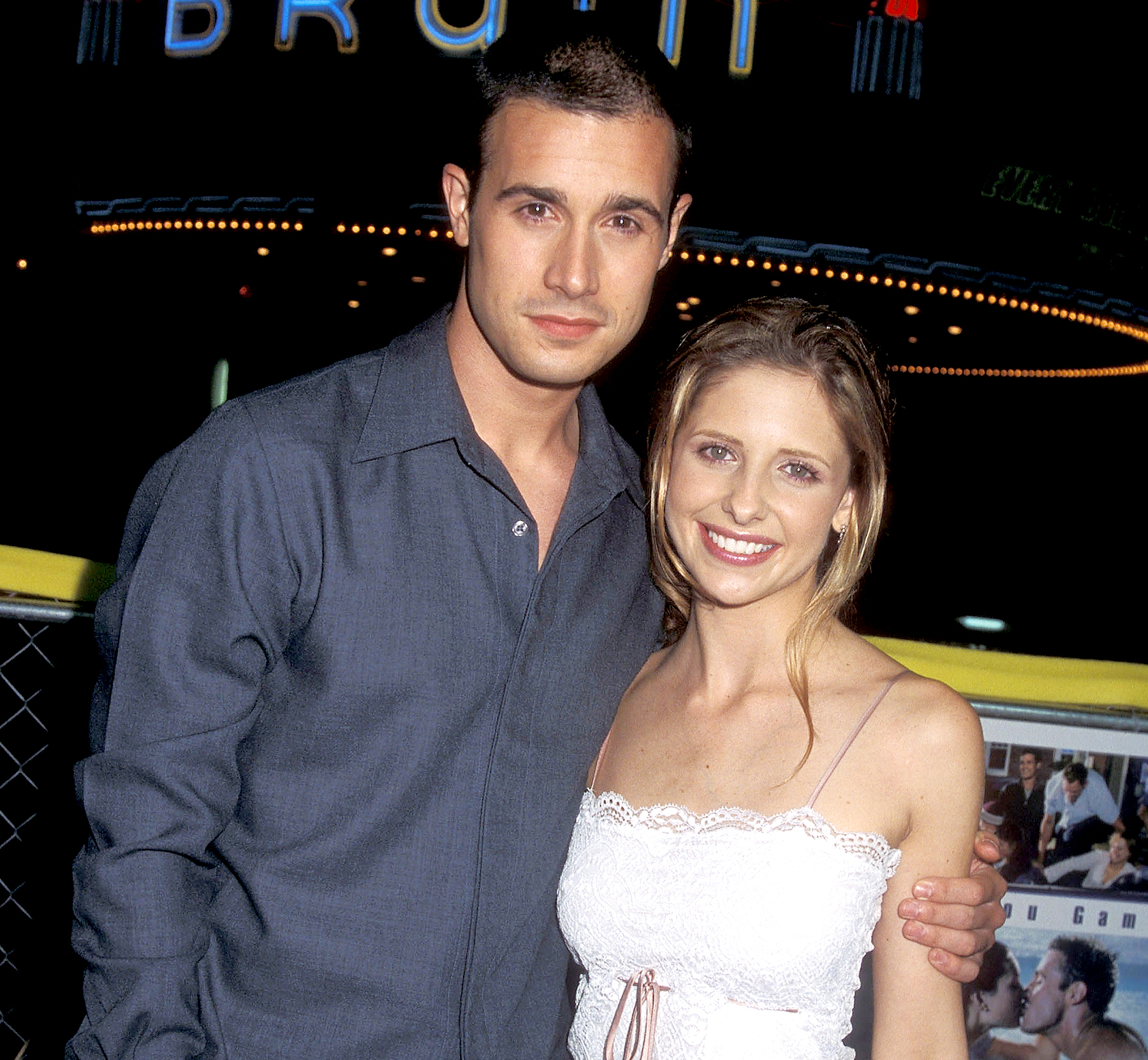 "Freddie Prinze, Jr. and Sarah Michelle Gellar attend the ""Summer Catch"" Westwood Premiere on August 22, 2001 at Mann Village Theatre in Westwood, California."